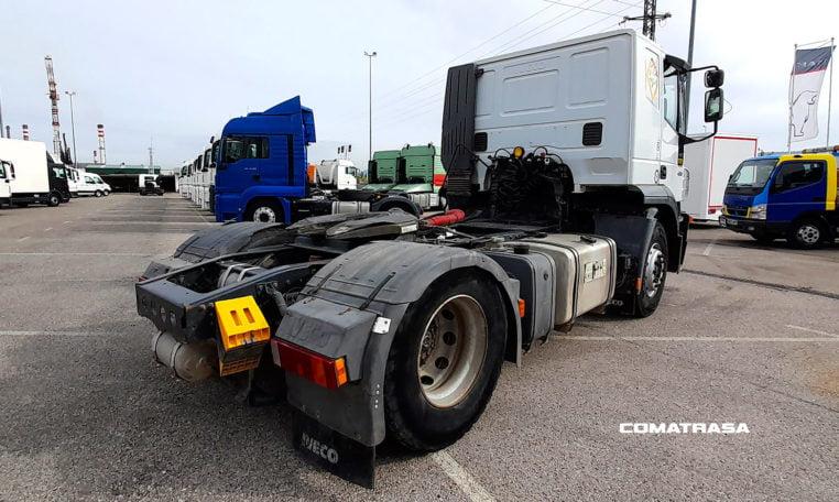 lateral derecho Iveco Stralis 430 Tractora con Equipo Hidráulico