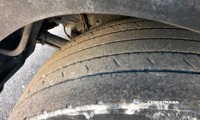 neumáticos delanteros Renault Magnum 460 T18