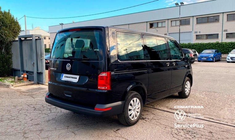lateral Volkswagen Caravelle 150 CV 2020