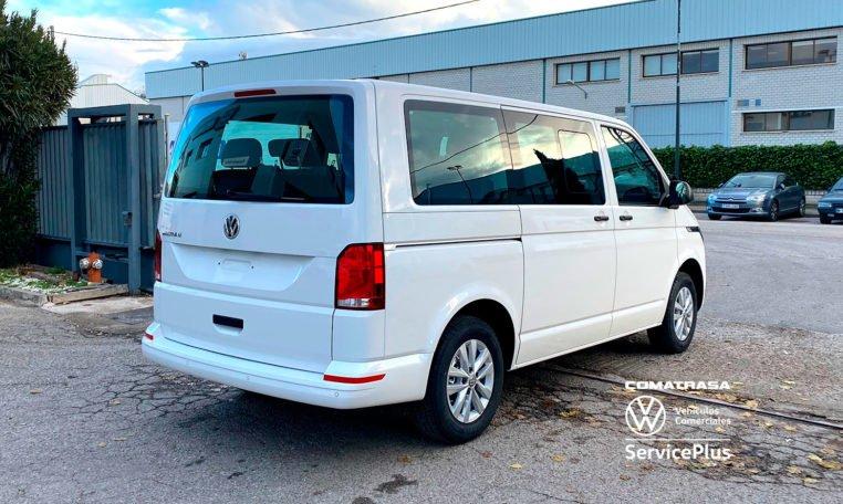 lateral derecho Volkswagen Multivan T6.1