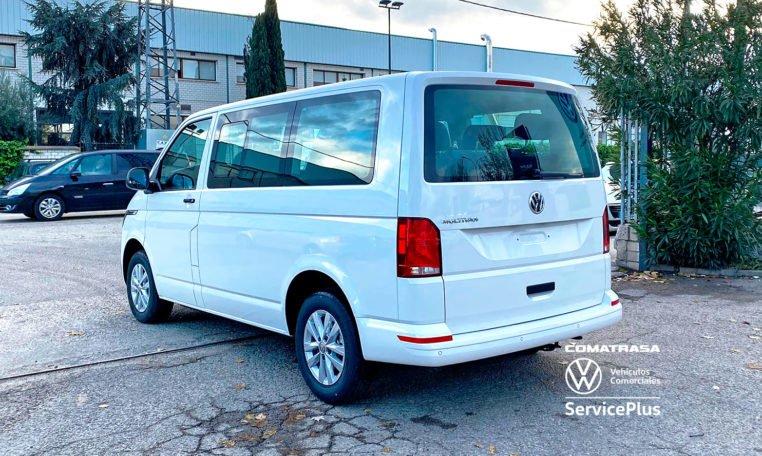 lateral izquierdo Volkswagen Multivan T6.1