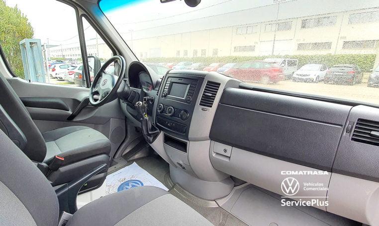3 plazas Volkswagen Crafter 35 Chasis Carrozado