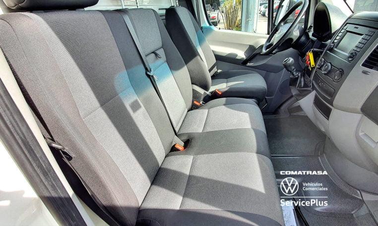 3 plazas Volkswagen Crafer Plywood 35