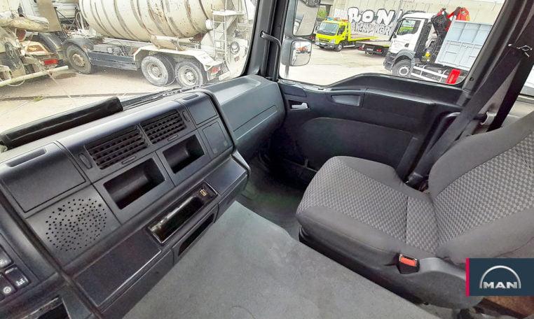 asientos TGA 18430 4X4 BLS