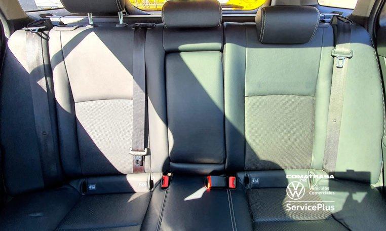 tapicería cuero Toyota Avensis 150D Advance