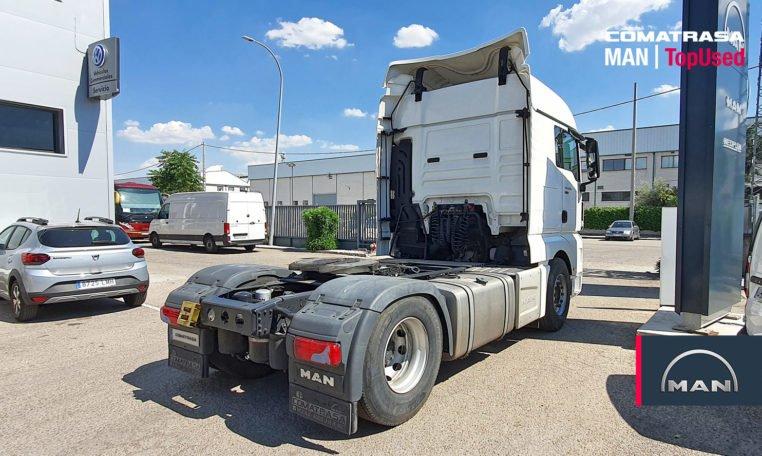 lateral derecho tractora