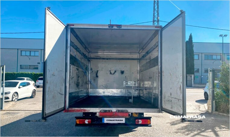 zona de carga Nissan NT400 Cabstar