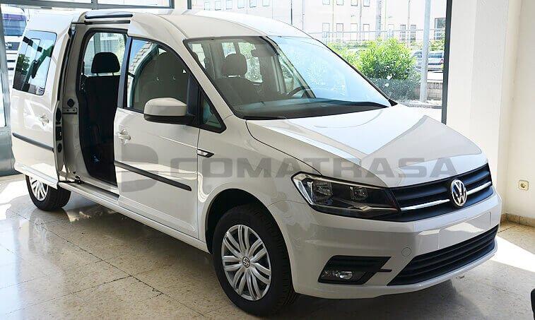 VW Caddy Maxi Trendline 2.0 TDI Configuración Taxi lateral