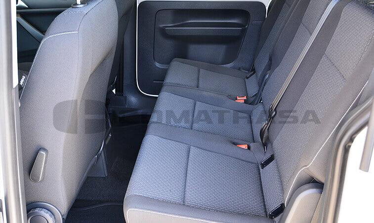 VW Caddy Maxi Trendline 2.0 TDI Configuración Taxi interior trasero