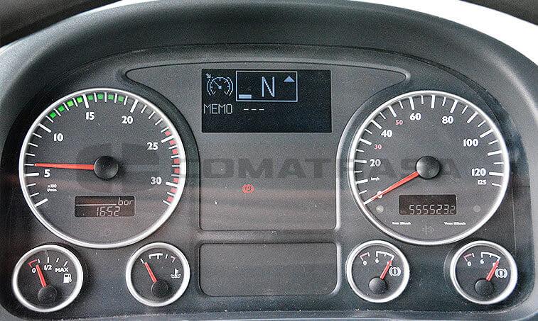 MAN TGA 33350 6x4 BB Camión Portacontenedores - 6
