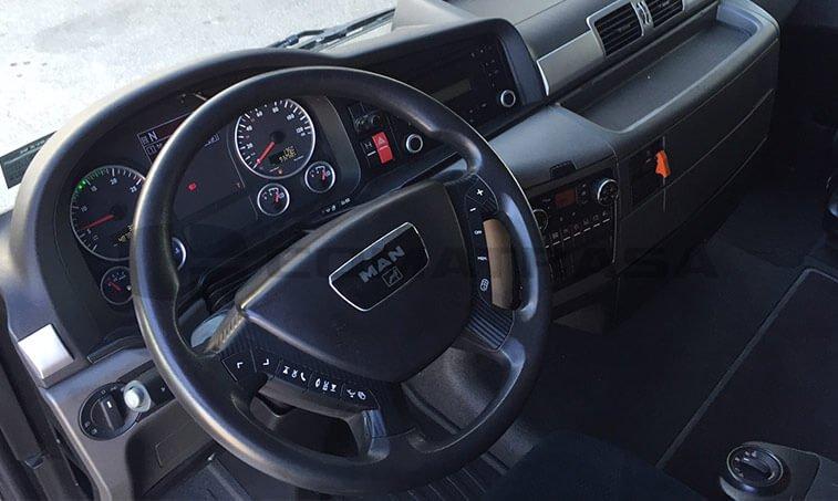 MAN TGX 18480 Junio 2012 volante