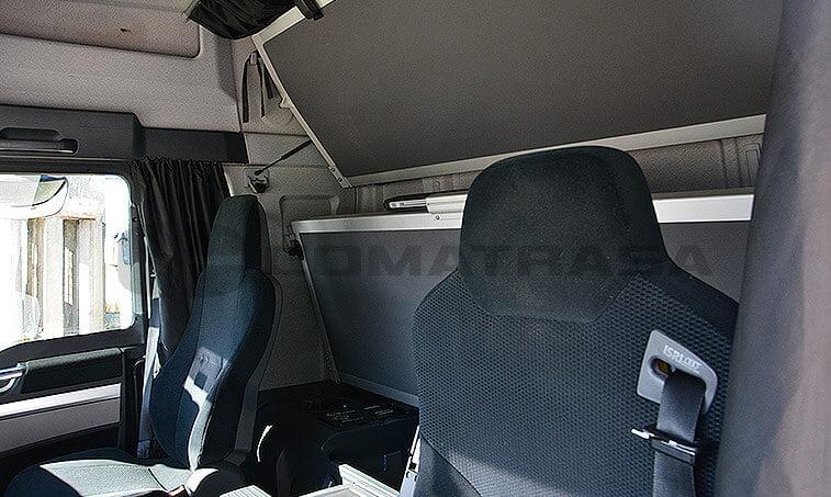 MAN TGX 18480 Noviembre 2011 asientos y literas