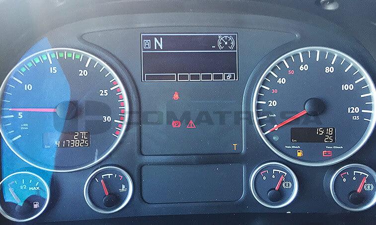 Tractora ocasión MAN TGX 18480 octubre 2012 cuadro de mandos