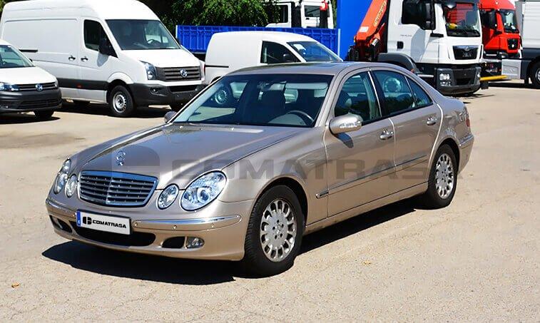 Mercedes Benz E 220 1