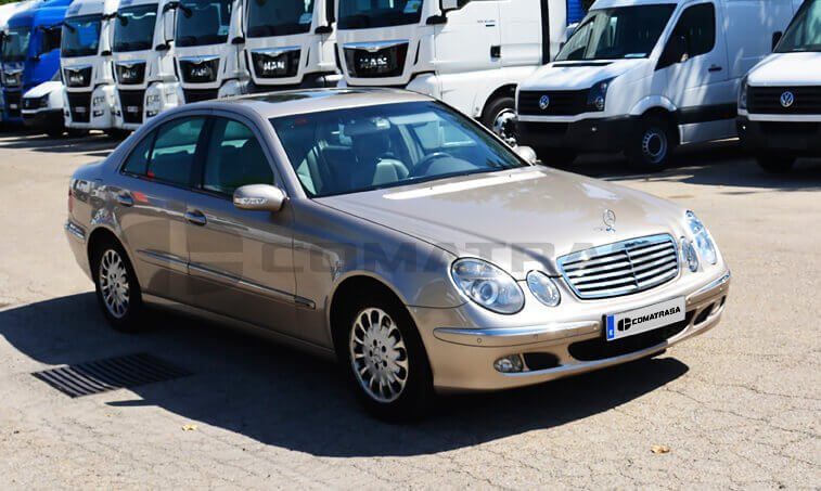 Mercedes Benz E 220 2