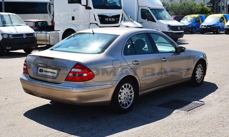 Mercedes Benz E 220 4