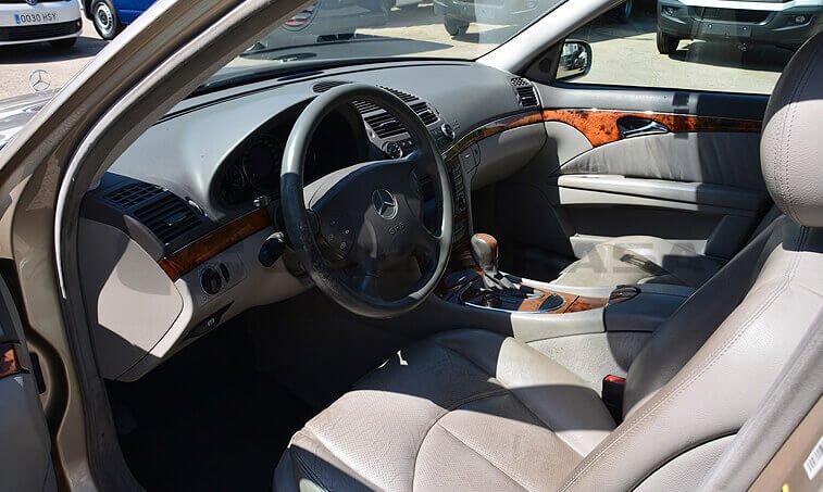 Mercedes Benz E 220 5