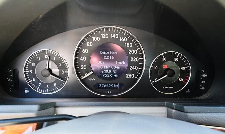Mercedes Benz E 220 7