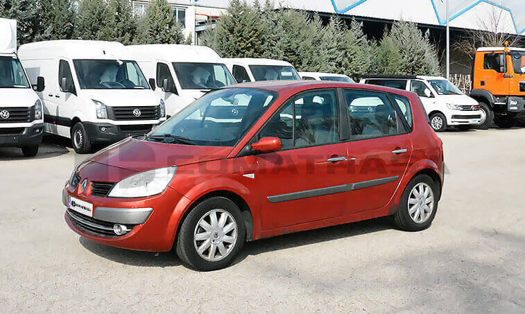 Renault Megane Scenic 1.9 dCi 130 CV Turismo 2007 1