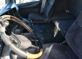 Scania R124LA4X2NA420 interior cabina