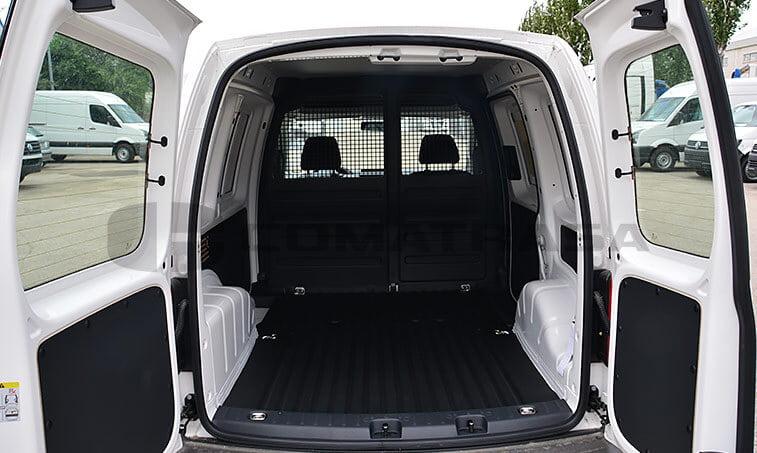 Volkswagen Caddy Profesional 2.0 TDI 75 CV Furgón 5