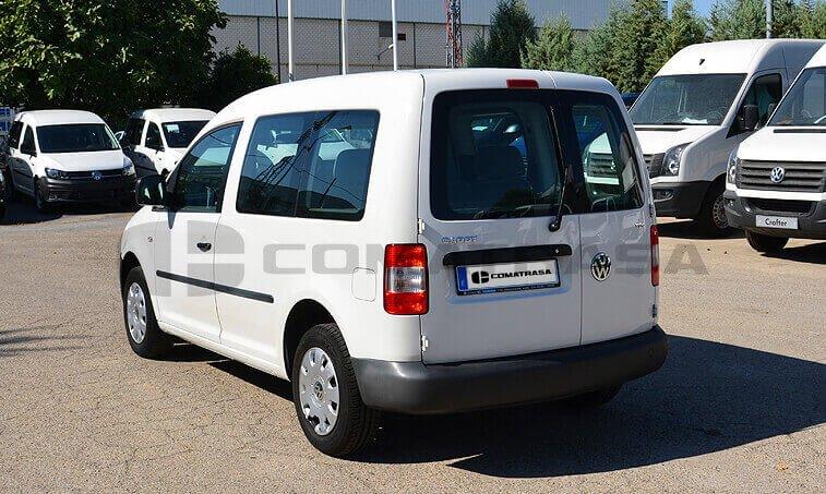 VW Caddy 2010 lateral izquierdo