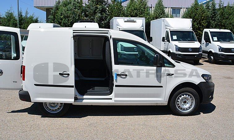 VW Caddy 75 CV 1.6 TDI Furgón 5