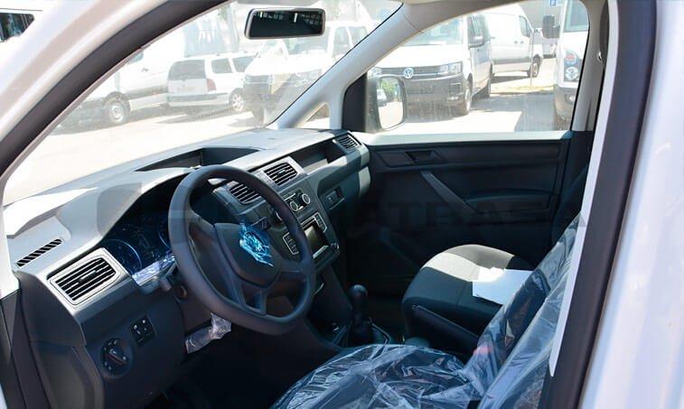 VW Caddy 75 CV 1.6 TDI Furgón 7