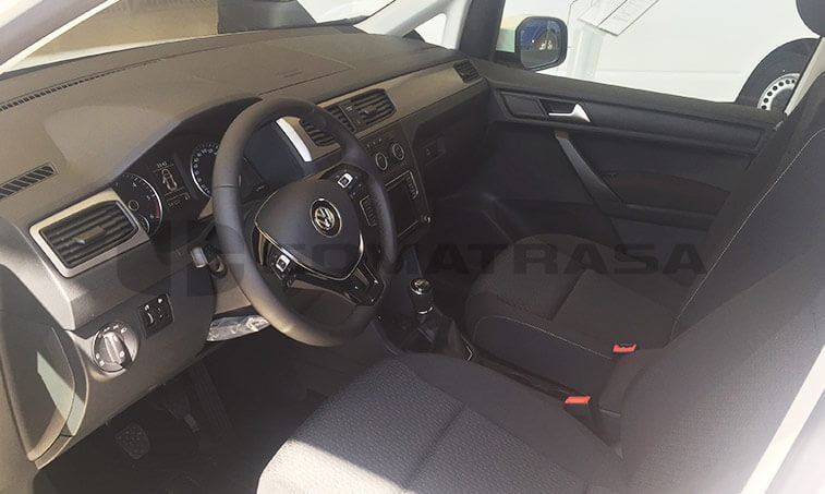 VW Caddy Outdoor interior volante