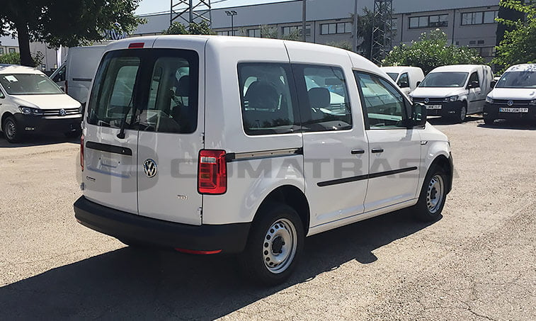 VW Caddy Profesional lateral derecho