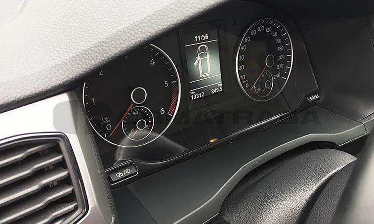 VW Caddy Trendline Azul cuadro de mandos