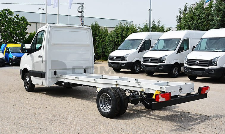 VW Crafter Chasis Camión 2.0 TDI BMT 136 CV 4