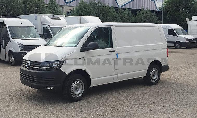 VW LCV Transporter 2.0 TDI 102 CV Furgón 1