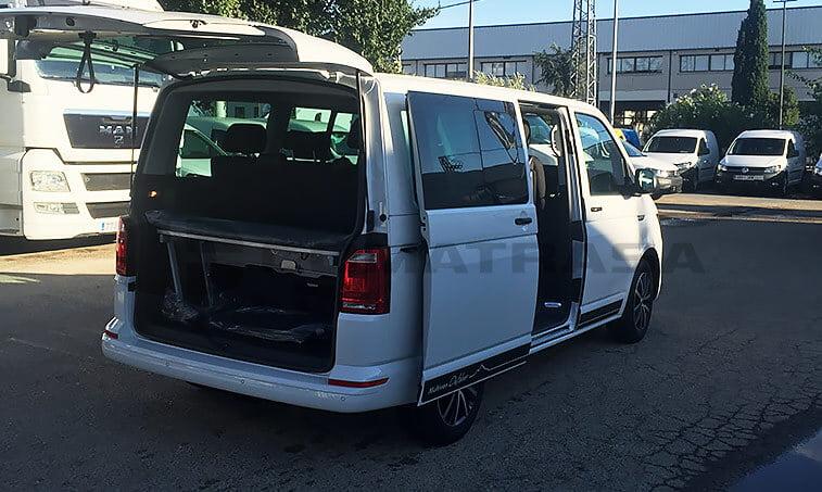 VW Multivan Outdoor lateral derecho