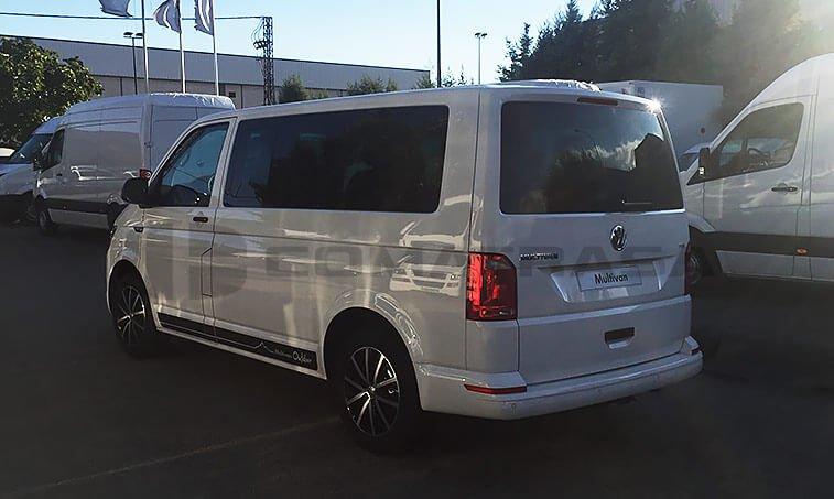 VW Multivan Outdoor lateral izquierdo