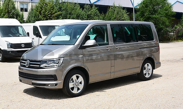 VW Multivan Premium 2.0 TDI 150 CV Mixto Adaptable 1