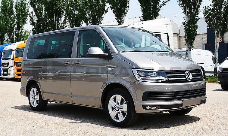 VW Multivan Premium 2.0 TDI 150 CV Mixto Adaptable 2